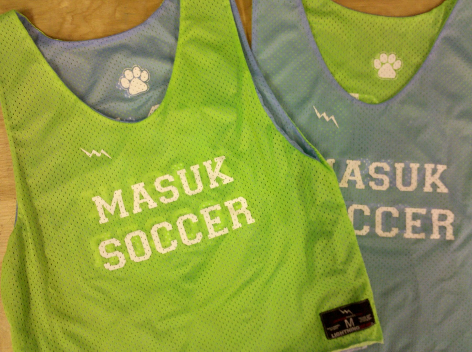 99f97f36669 Masuk Soccer Pinnies   Custom Reversible Soccer Jerseys