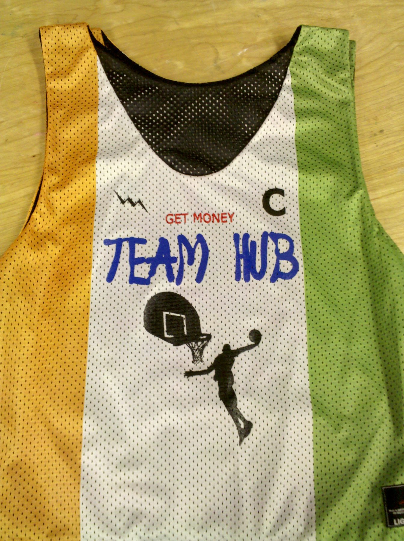 team hub basketball pinnies