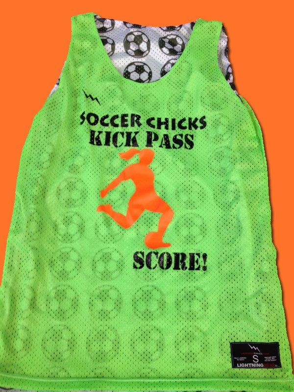 soccer chicks pinnies