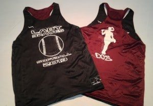 maroon black pinnies
