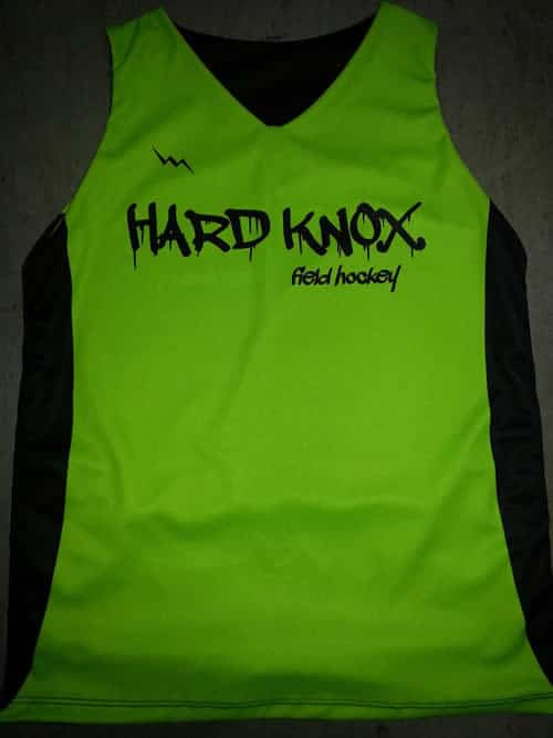 girls field hockey pinnies