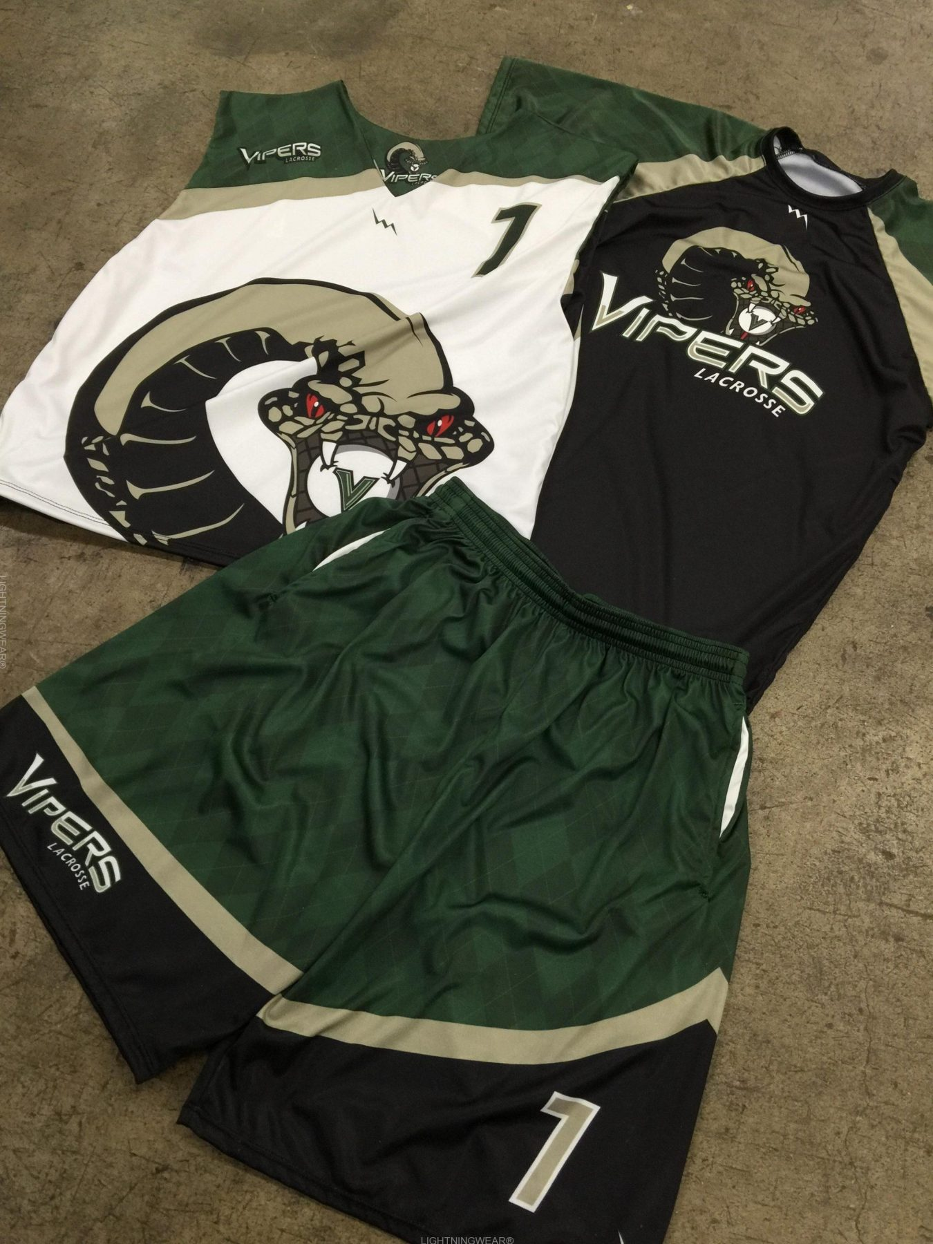 design lacrosse uniforms
