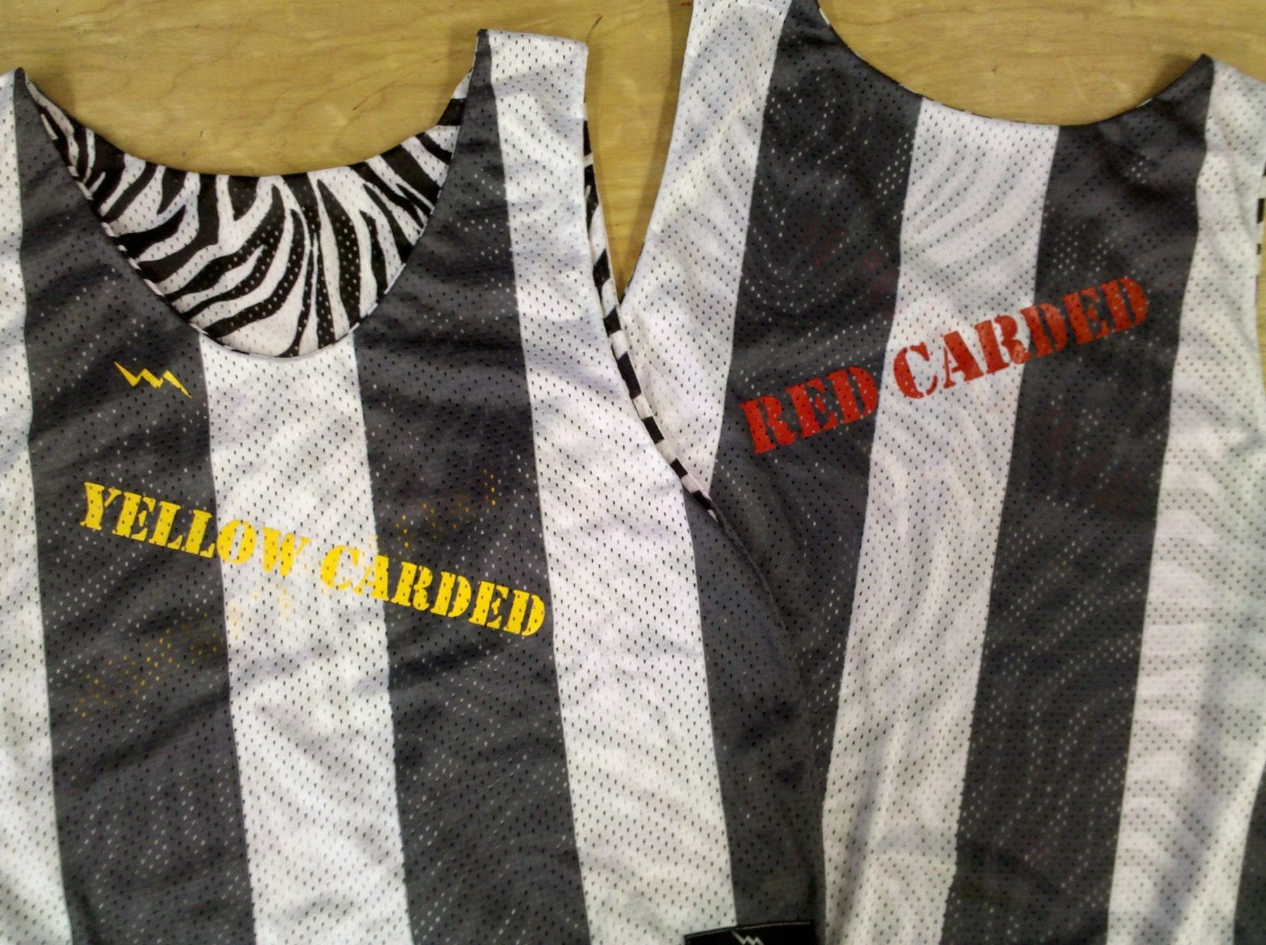 referee pinnies
